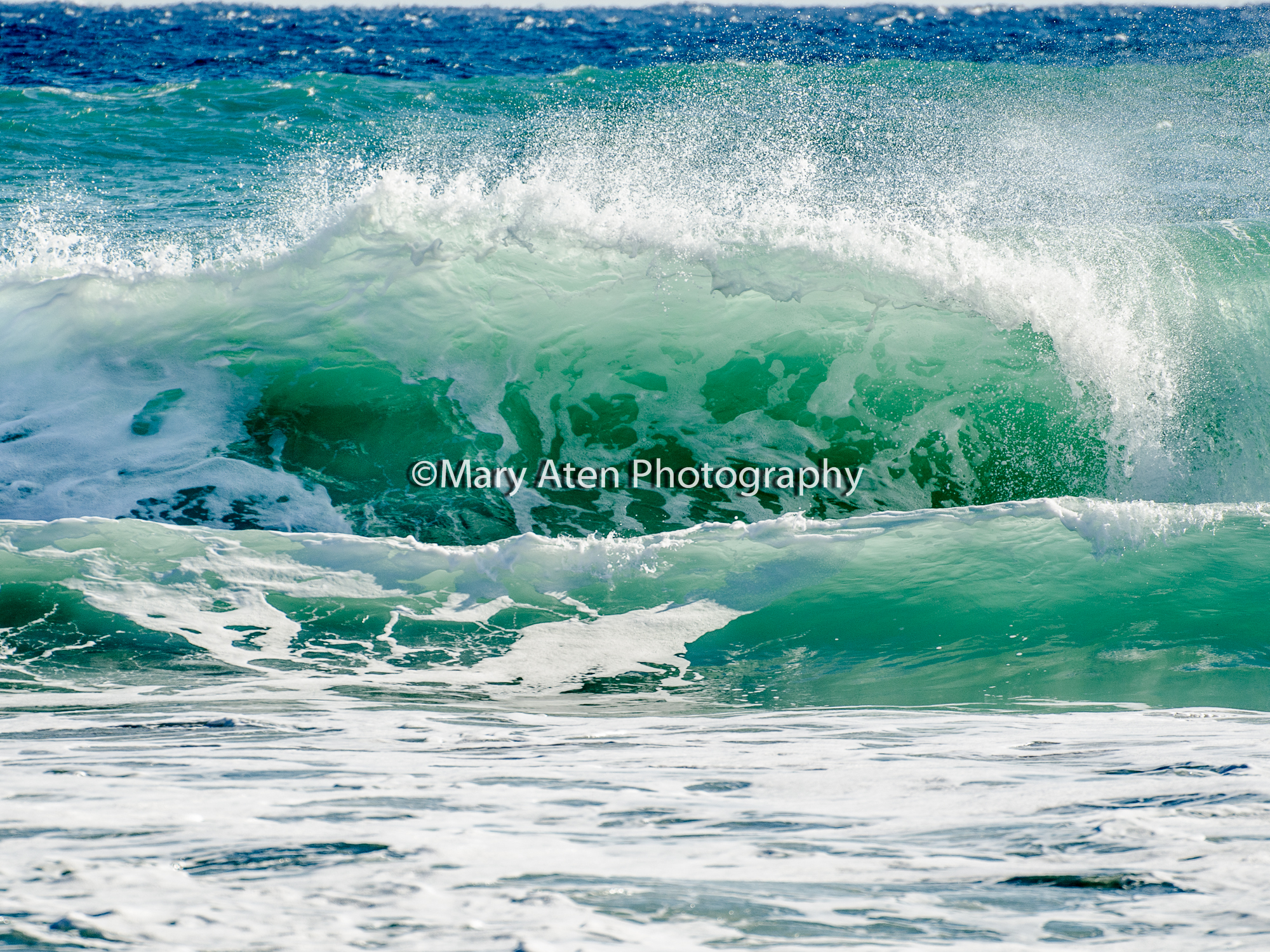 Photo Big Wave Mary Aten Photography